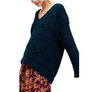 FREE PEOPLE Lofty Boucle Slouchy Sweater M